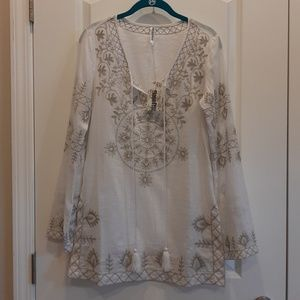 Monoreno White Tunic with Embroidered Trim NWT S